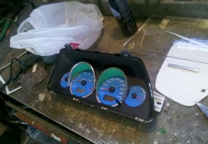 Изготовление и установка колодцев в приборную панель ВАЗ 2110