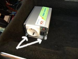 Установка инвертора под сиденье-4