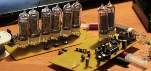 Часы на газоразрядных индикаторах - пайка компонентов