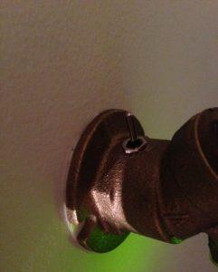 Светильник на стену «Кран»