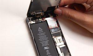 Замена разбитого экрана на телефоне iPhone 5S