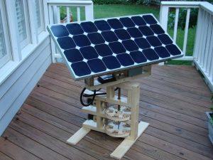 Самонаводящиеся солнечные панели с управлением от мобильника