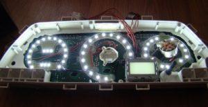 Как сделать оригинальную подсветку приборной панели для «десятки»