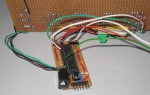 Вид сзади часов с выносной платой Arduino