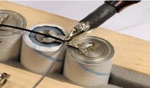 Как соединить литиевые батарейки?