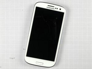 Samsung Galaxy S3 11 300x225 - Разборка телефона Samsung Galaxy SIII