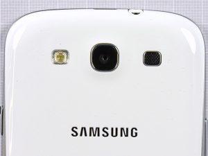 Samsung Galaxy S3 3 21 300x225 - Разборка телефона Samsung Galaxy SIII