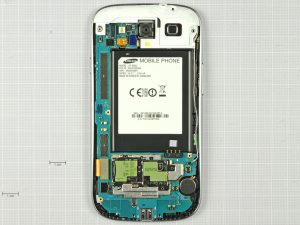 Samsung Galaxy S3 5 21 300x225 - Разборка телефона Samsung Galaxy SIII