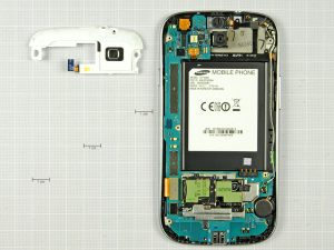 Samsung Galaxy S3 5 31 300x225 - Разборка телефона Samsung Galaxy SIII